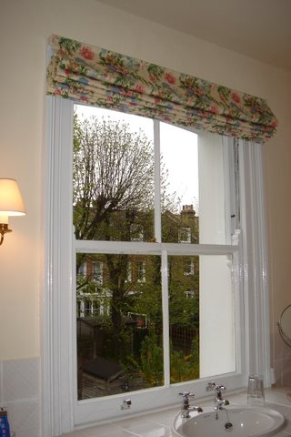 Blind is fitted on the top of the architrave which is a great idea for minimising the gap at the side of the blind.